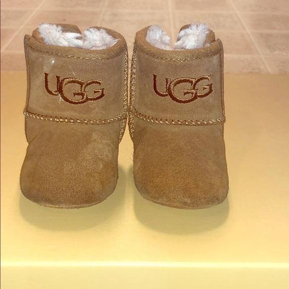 e442b832361 UGG Boots Baby Chestnut